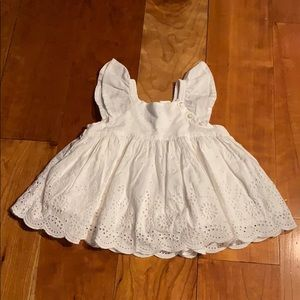 Baby Gap white eyelet lace top size 6-12 months